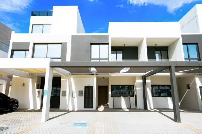 3 BR Townhouse in Faya at a Good Price.
