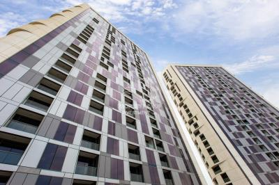 1BR apartment in Meera Tower for sale.