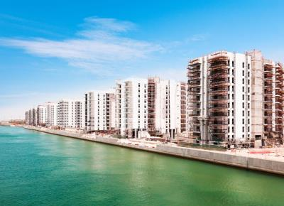 Waterfront 1 BR Apt in Water's Edge Yas Island