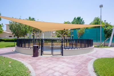 3 Bedrooms villa with large backyard for sale