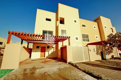 4BR townhouse Type A, single row in Raha Gardens.