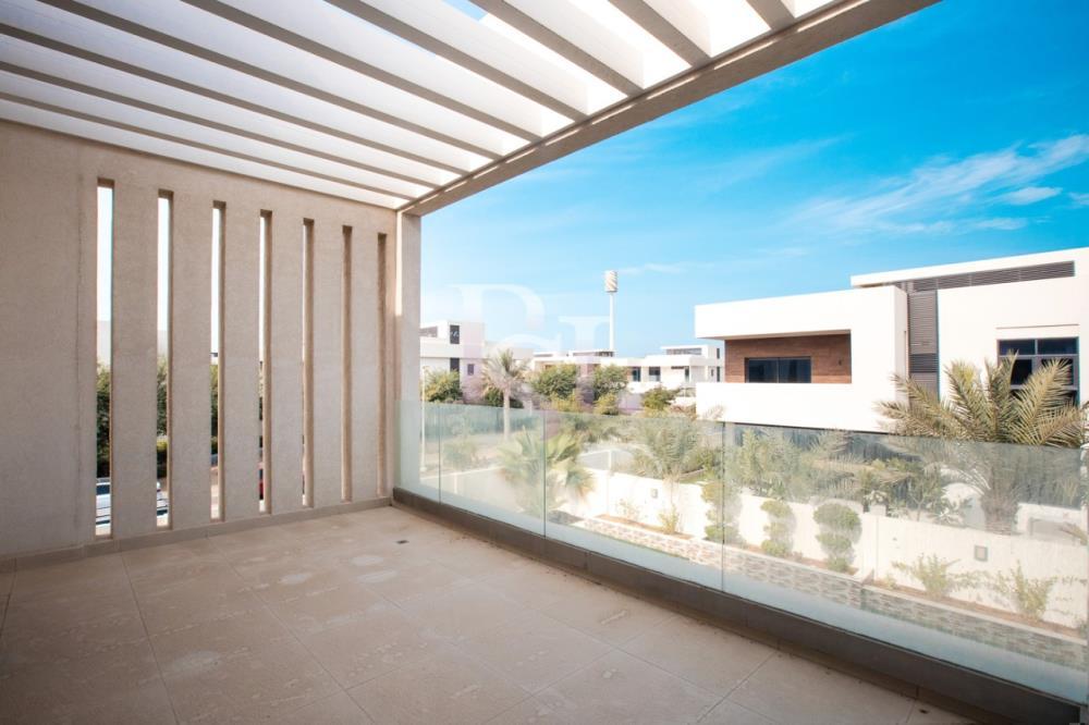 Terrace-5BR Big Plot Villa for Sale