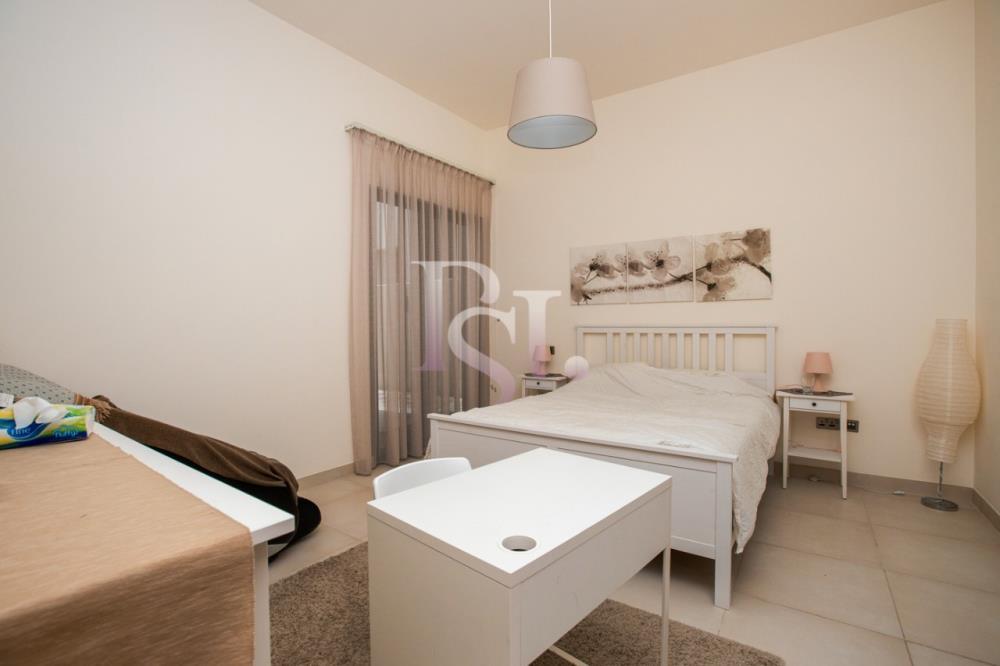 Bedroom-5BR Big Plot Villa for Sale