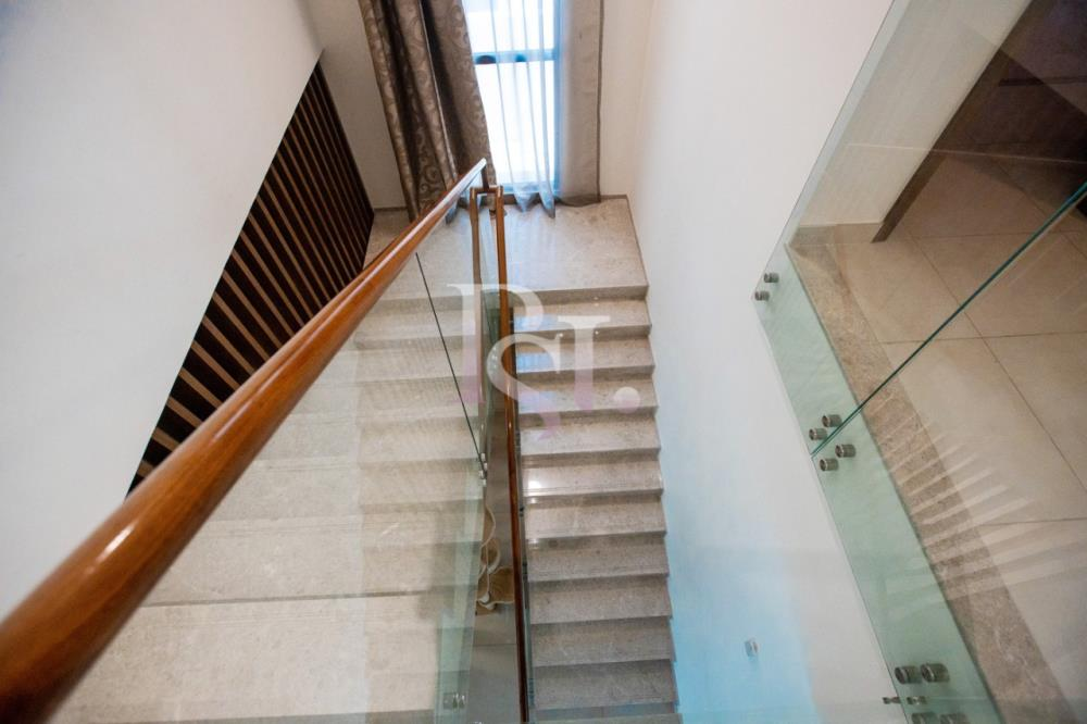 Stairs-5BR Big Plot Villa for Sale