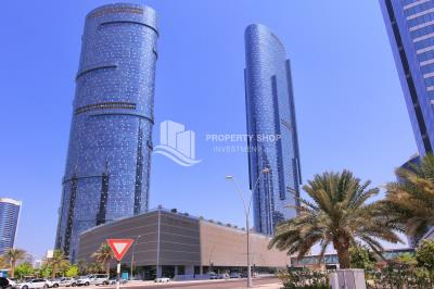 Fitted & fully furnished office for sale in Sky tower