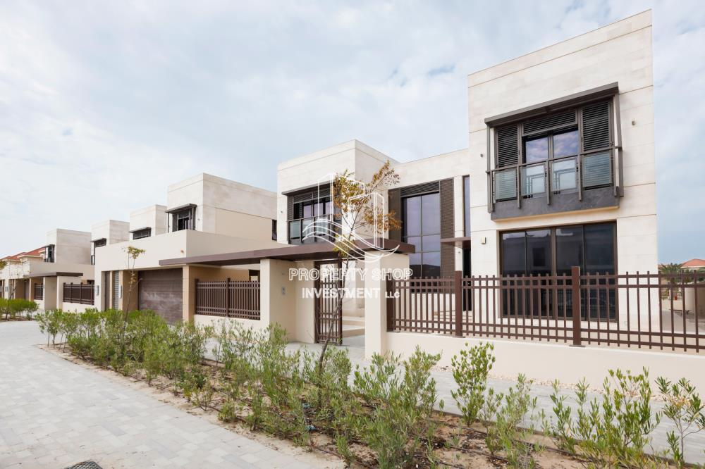 Property-6BR beach mansion with 2 levels.