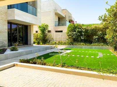 Exceptional 5 Bedrooms Villa in Saadiyat Island