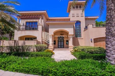 Elegant 4BR Villa for Sale in St. Regis