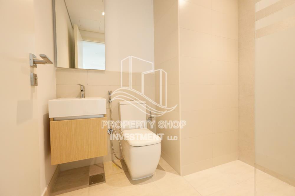 Bathroom-Apartment for sale in The Bridges