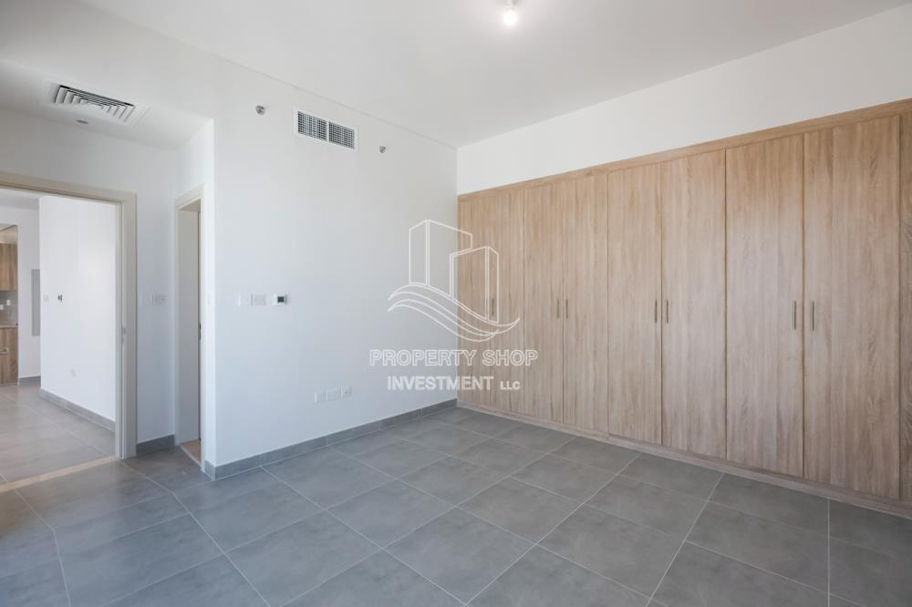 Bedroom-Spacious 1 BR Available for Rent