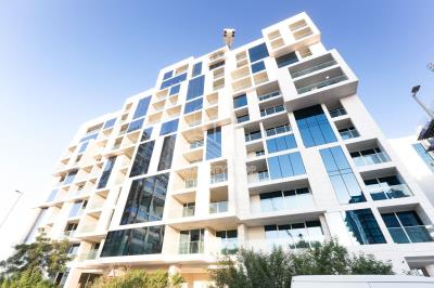 1BR Apt in Al Raha Beach Tower 1