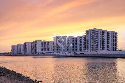 Spacious canal facing 3BHK available for rent in Waters Edge