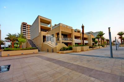 Spacious layout 2BR apt in Al Zeina Al Raha Beach