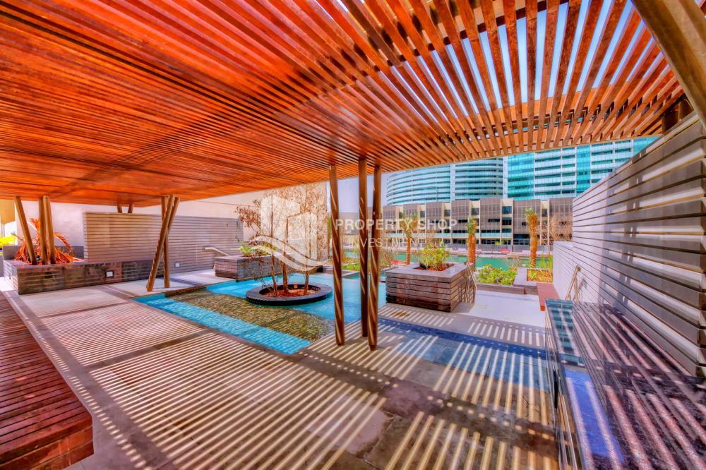 Community-3 bedroom facing Etihad Plaza with rent refund