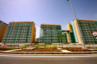 High Standards 4BR Apartment with balcony in Al Nada 2, Al Raha Beach for Rent.