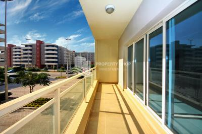 Great Investment! 2BR Apartment with Villas view for sale now!