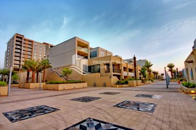 Upcoming! Spacious low floor 1BHK with a balcony and open kitchen in Al Zeina, Tower C